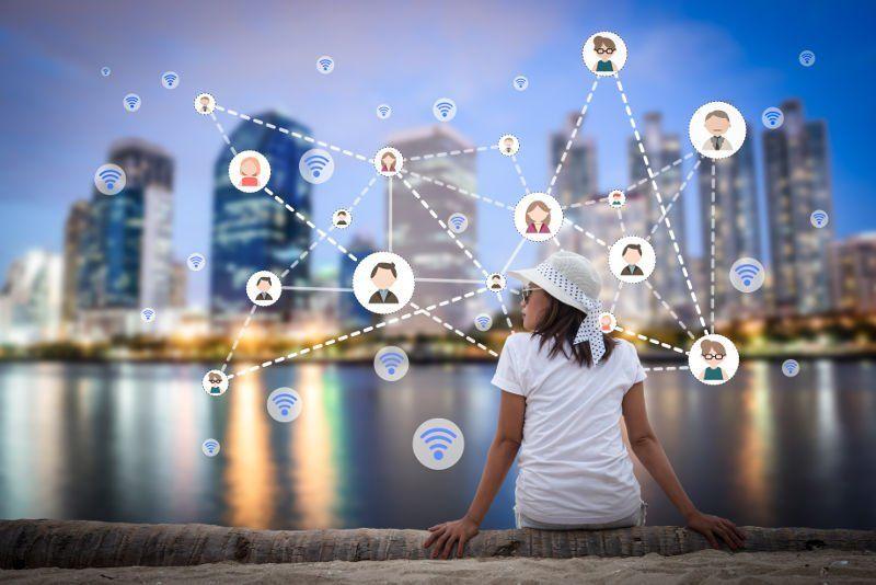 Social Media i Enginyeria social saps les diferències